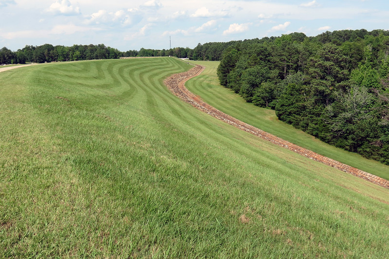 We made the short walk along the path to the Dam Overlook to take in the fantastic view.  I noticed the patterns made by the lawn mowers on the way back to the car.