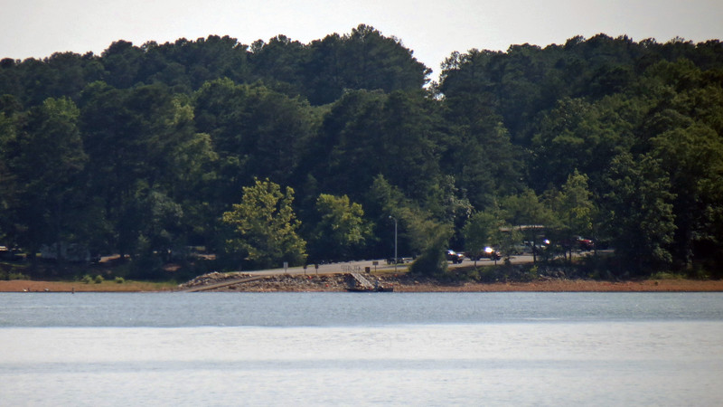Looking the other direction, the Big Oaks Recreation Area public boat ramp on the Georgia side comes into view.