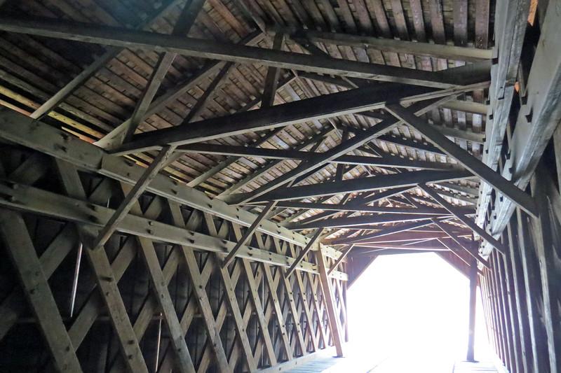 The Town Lattice design of the bridge.