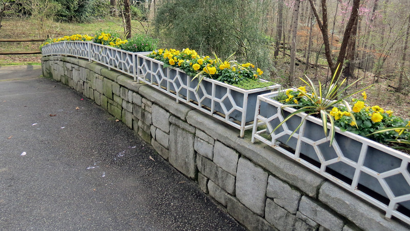 I liked the way the top of the bridge was lined with flower boxes.