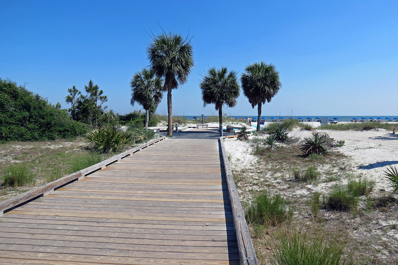 Access to the public beach from the park is via a boardwalk.