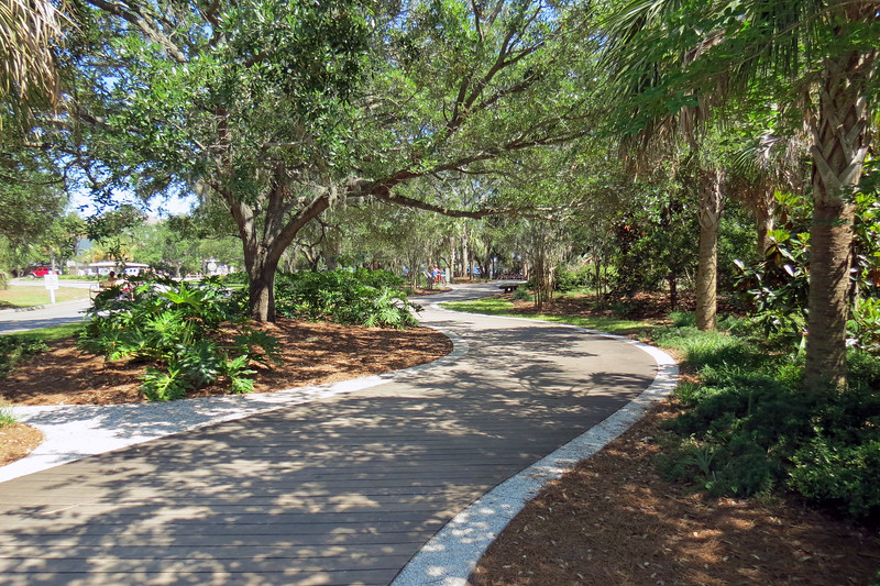 May 10:  Our last adventure for Heather's visit was a day trip to Coligny Beach Park in Hilton Head Island, South Carolina.  Access to the park from the parking lot is via a beautifully landscaped trail.