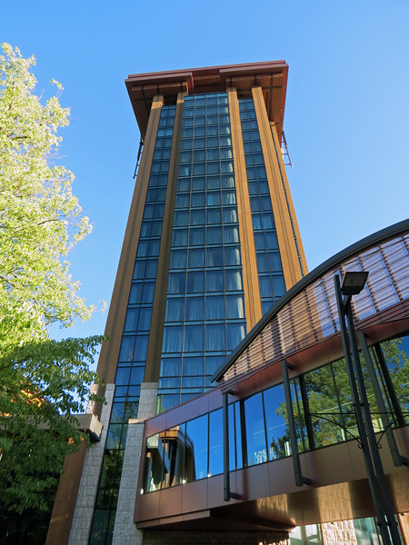 The Creek Tower from 2012 is the most recent addition to the hotel facilities.