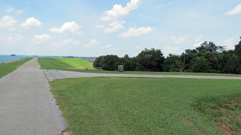 I passed another access road that comes from US Route 29.  I incorrectly thought that this would be a good way to get to Route 29 after checking out the Hartwell Dam.  There is a large gate out of view to the right in the photo above that was locked.  No big deal.