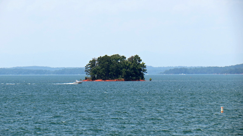 Another small island within Lake Hartwell.