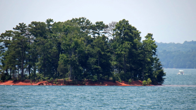 Zooming in on one of the many small Lake Hartwell islands.