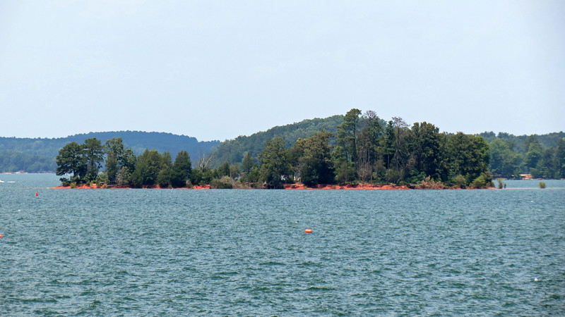 Once again, I pointed the camera and started shooting.  The photo above shows another of the many small islands within Lake Hartwell.