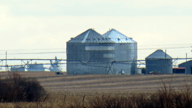 Zooming in on another farm south of Interstate 80, York, Nebraska.