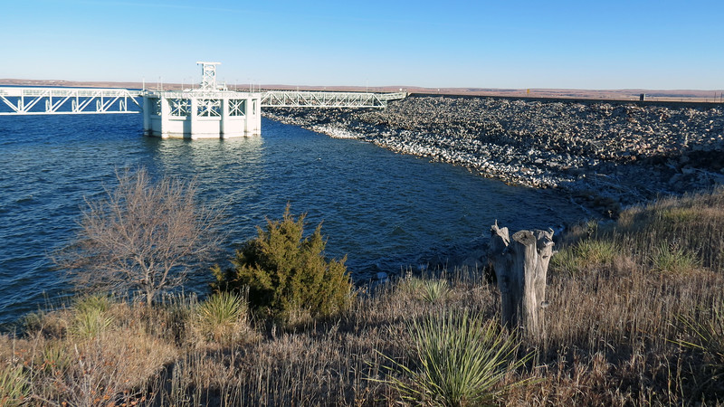 The Lake McConaughy side of the Kingsley Dam.