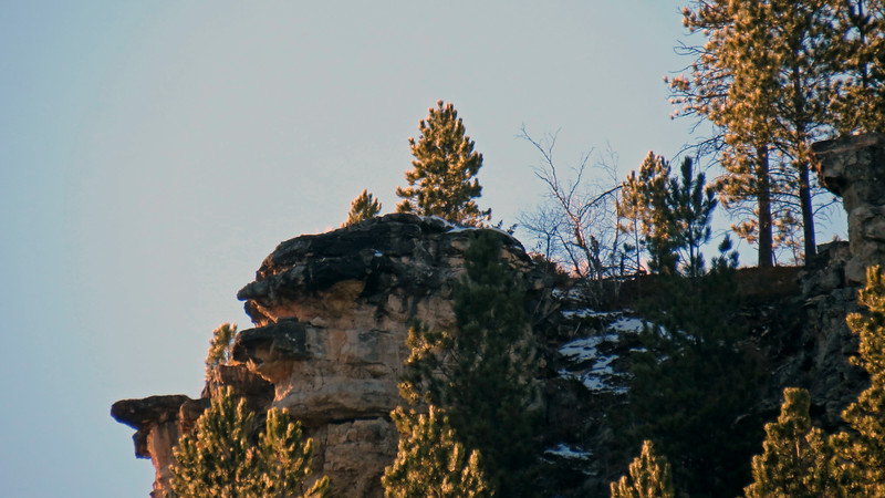 Zooming in on the cliffs behind the Spearfish Canyon Lodge.