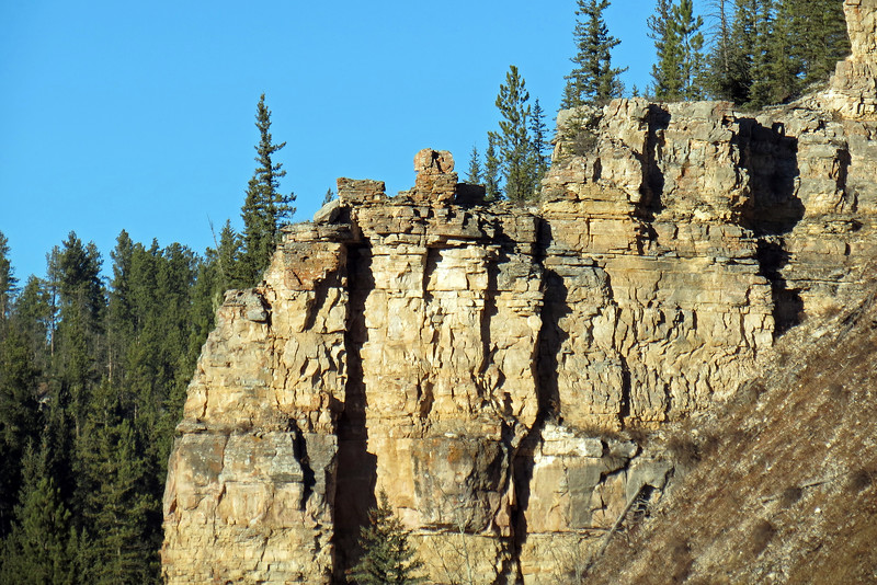 The amazing scenery in Spearfish Canyon reminded me of Poudre and Rist Canyons in Colorado from last year's trip.
