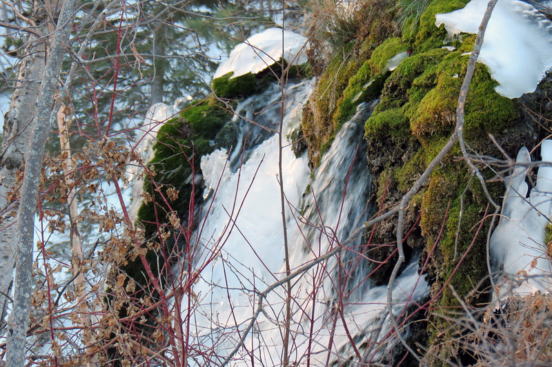 Zooming in on Spearfish Falls.