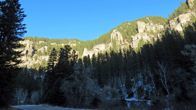 We pulled over again near the Spearfish Canyon State Nature Area to take a few more pics of the canyon.