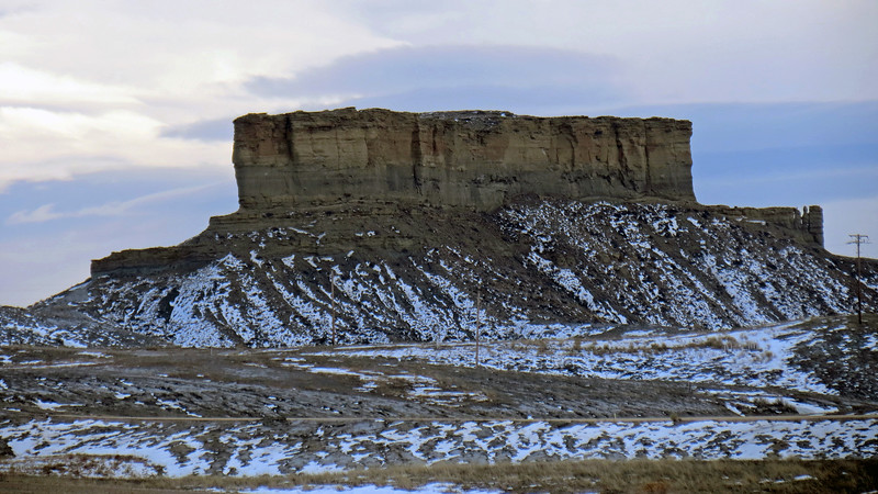 To the south of the previous formations is a separate rimrock formation that, if I read the topographic map correctly, is called Castle Rock (5,350 feet).