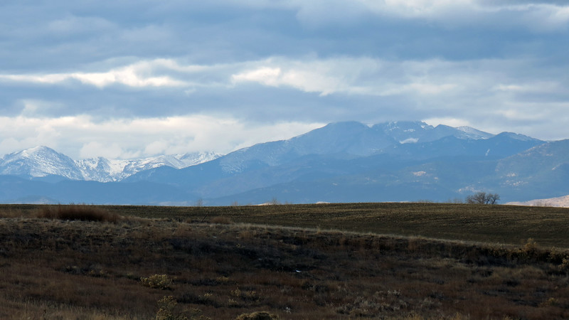 Mt. Copeland, 13,176 ft (L) and the Twin Sisters and Long's Peaks (R).