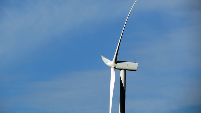 The camera doesn't give the proper perspective regarding the size of the Vestas V80 turbines used here.