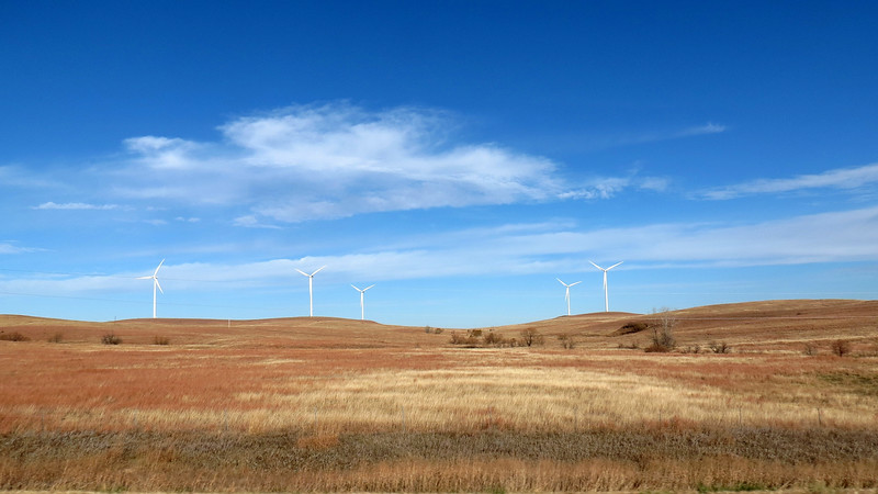 The 155 wind turbines contained therein can produce around 250 megawatts of energy, enough to supply electricity to around 75,000 homes.