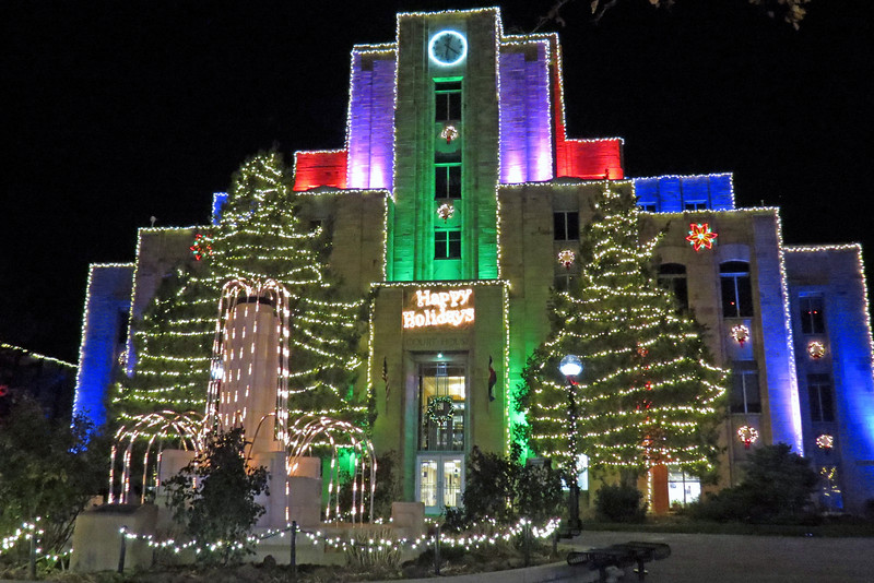 The complete encasing of the whole building with lights leads me to believe that the courthouse serves as the focal point for the display throughout the Mall.