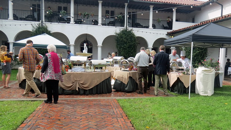Since this was a brunch, an omelette station was also available, (on the right side of the photo above).