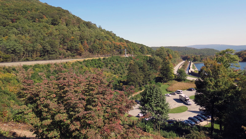 Looking east from the Horseshoe Curve.