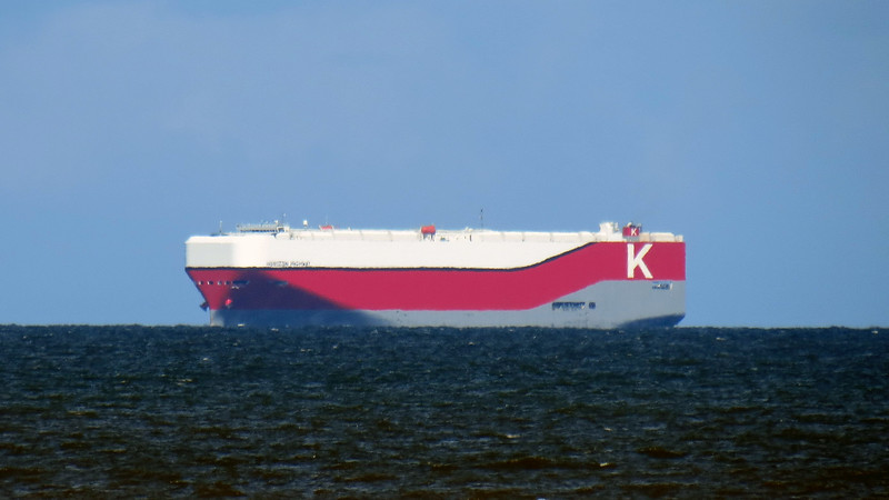 This is the Horizon Highway, a vehicle carrier operated by the Japanese shipping company K-Line.
