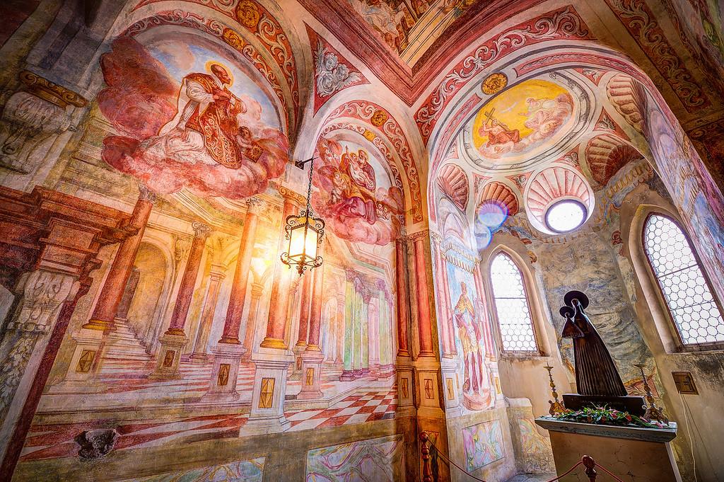 The Upper East Chapel in Frescoes