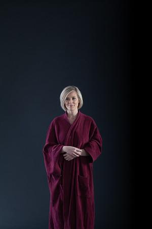Heidi in robe