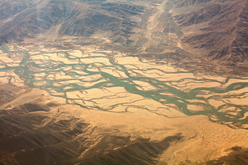 Tsango-Brahmaputra river in the running sand