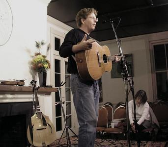 2004  10-14 Tim O'Brien