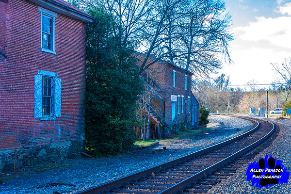 Rails Pass Old Country Store and Antique Center in Delaplane, VA