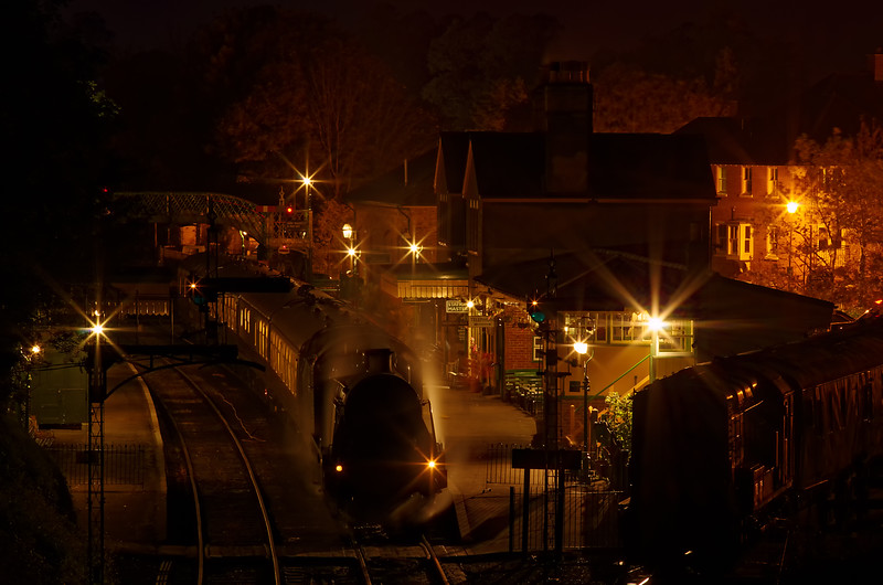"""31806 at Alresford with the """"Watercress Belle"""" dining train on 22nd October 2011."""