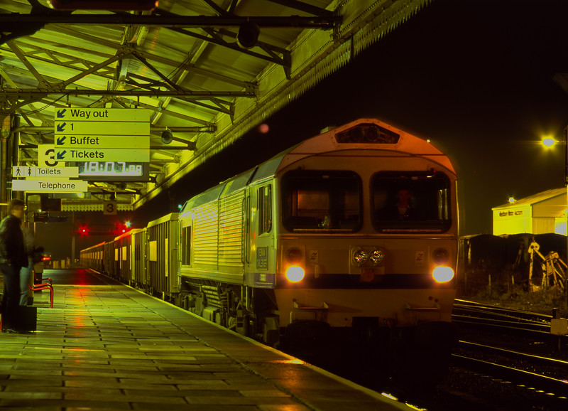 59004 at Westbury with 7L44, the 17:20 Merehead Quarry - Purfleet, on 23rd November 1990.