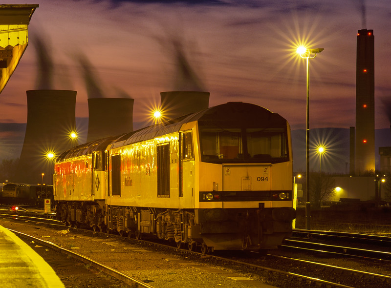 60094 and 47194 on the Loco Holding Sidings at Didcot on 30th March 1996.