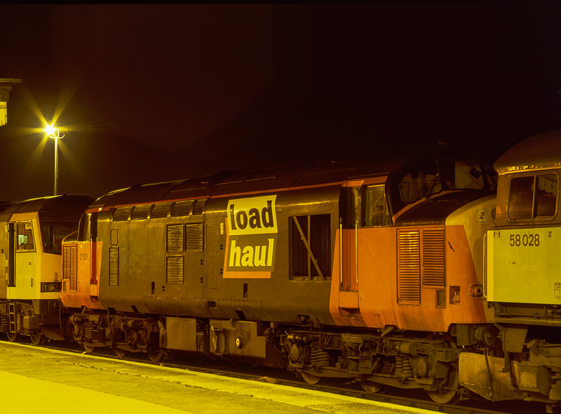 58028, 37513 and 60006 on the Loco Holding Sidings at Didcot on 15th February 1997.