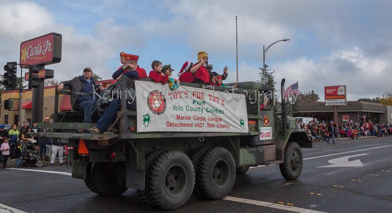 2014 Christmas Parade_N5A6350