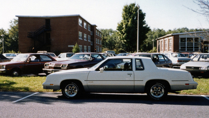 August 1987:  I would spend the next two years at Penn State Harrisburg.  The 442 proved to be an ideally sized and exceptionally reliable highway cruiser.  Wrisberg Hall (L) would be my home away from home.