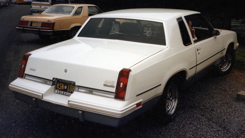 Oldsmobile produced 3,000 442s for the 1985 model year, making this car somewhat rare.