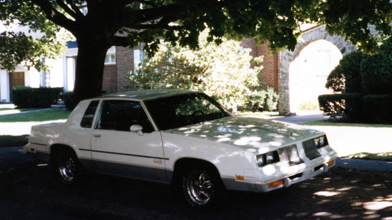 I decided to take a few pictures of the 442 siting in front of the house.