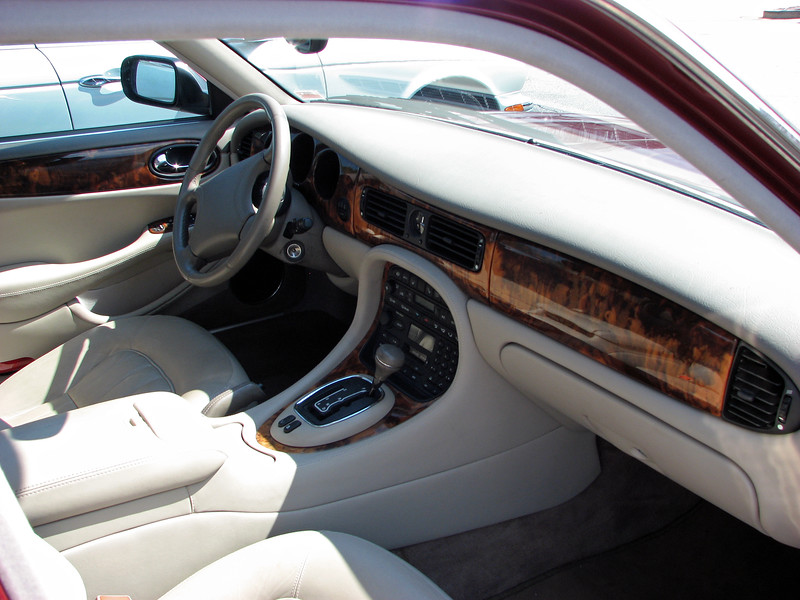 The wonderful interior was my favorite aspect of the XJ8.  The seats were exceptionally comfortable on a long trip.  I really liked the subtle curves of the dash.