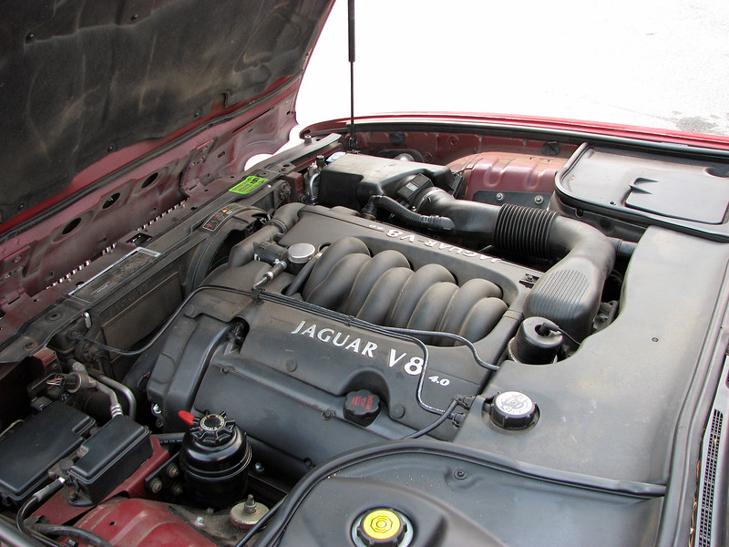 This is Jaguar's wonderful 4.0L V-8 that made 290 hp and 290 ft-lbs of torque, (Jaguar's first ever V-8 engine, by the way).