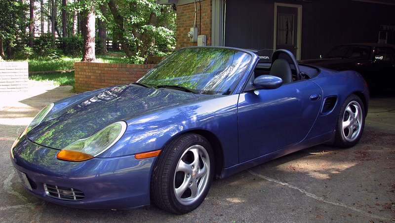 """Once home, I took some time to get all of the """"stuff"""" I kept in the XJ8 neatly arranged in the Boxster."""