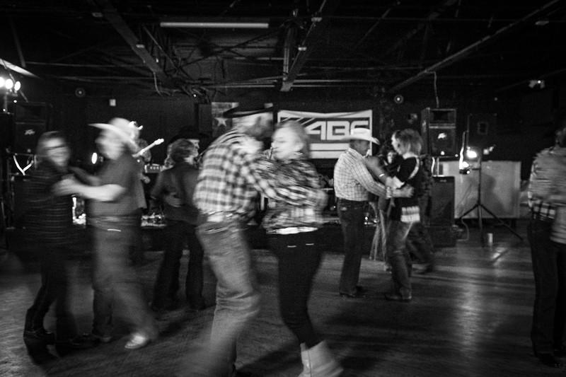 The_Rio_reopens_Dec_9_Seniors_dance_2018_KatherineHersheyPhotography-88