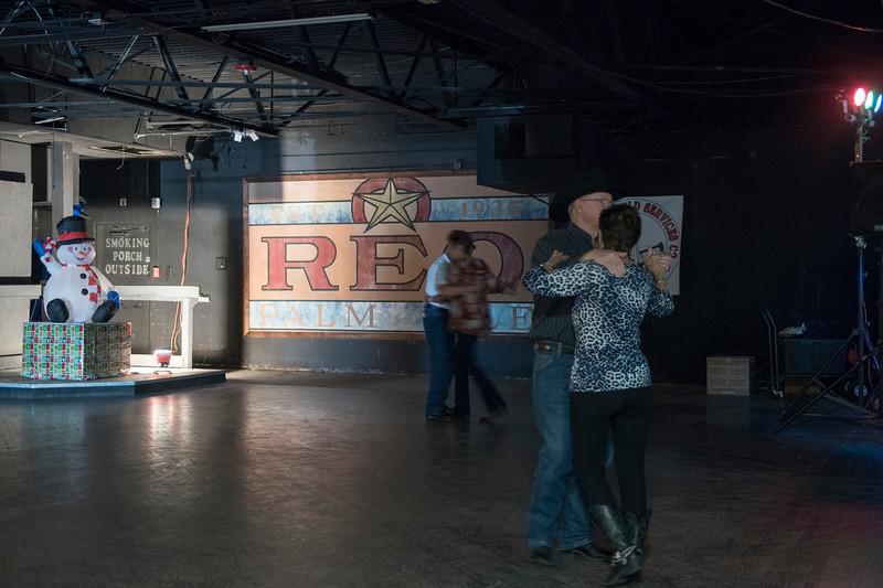The_Rio_reopens_Dec_9_Seniors_dance_2018_KatherineHersheyPhotography-63