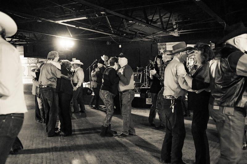 The_Rio_reopens_Dec_9_Seniors_dance_2018_KatherineHersheyPhotography-150