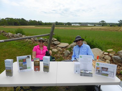 DNRT volunteers welcome visitors to The RIver Project 2015