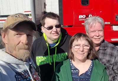 Dennis, Pam and Kavin met BigRigSteve in Coburn, Washington on March 3rd