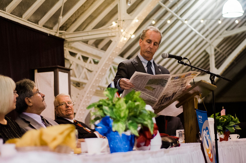 William Smitty Pignatelli jokes about a photo of DiNatale in the Berkshire Eagle during the Roast of Mayor Stephen DiNatale at the Fitchburg Senior Center on Saturday evening. Proceeds were to benefit the Rotoary Club of Fitchburg. SENTINEL & ENTERPRISE / Ashley Green
