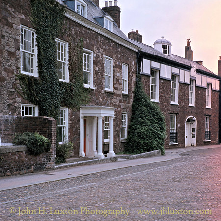 Cathedral Close, Exeter, August 1982