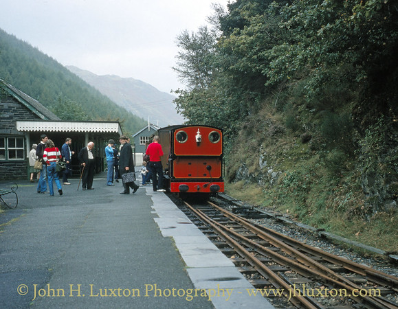 Abergynolwyn Station, Talyllyn Railway September 1982
