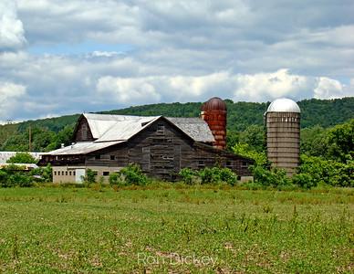Old Pennsylvania Barn